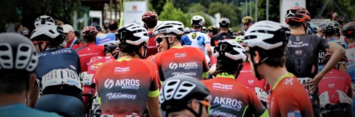 Das AKROS-Thömus Team am 65. GP des Kanton Aargaus